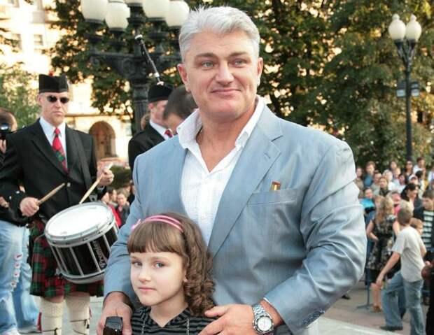 Как выглядит и кем работает сейчас дочь Владимира Турчинского