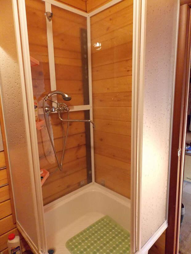 Как сделать душ в бытовке?