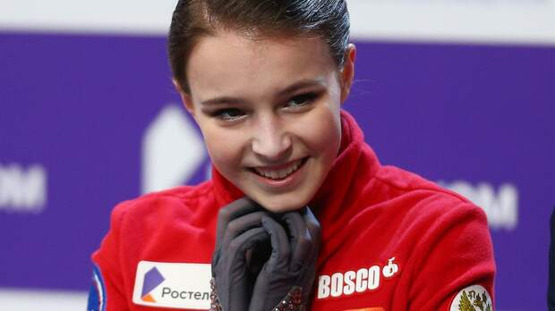 Российские фигуристки заняли весь пьедестал на ЧМ. Щербакова — чемпионка, Туктамышева — 2-я, Трусова — 3-я