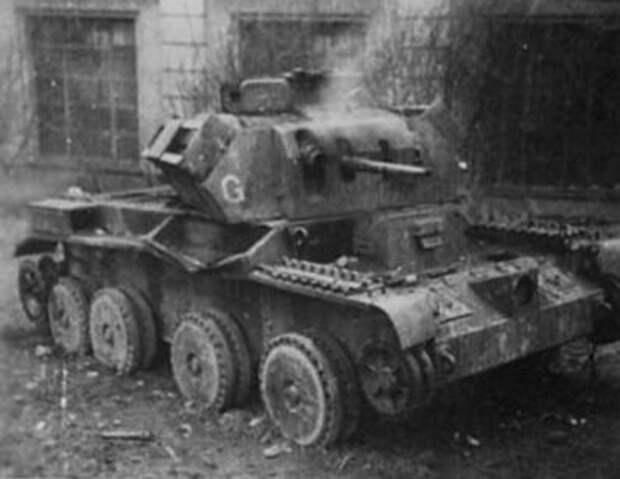 трофейные английские крейсерские танки А13 МкII уничтоженные в 1941 под Брестом