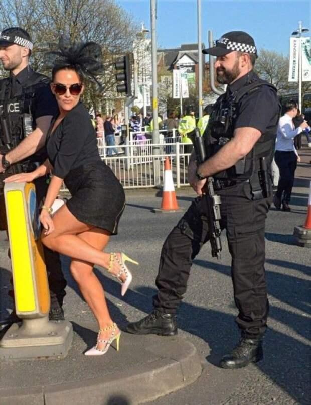 15 полицейских, которые знают, как заставить окружающих улыбнуться