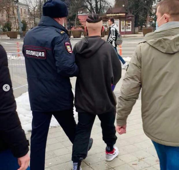 Звезду TikTok Даню Милохину задержала полиция
