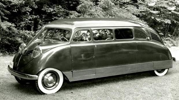 Прототип просторной заднемоторной легковушки Scarab с колесной базой 3,4 метра. 1932 год авто, автодизайн, автомобили, дизайн, интересные автомобили, минивэн, ретро авто
