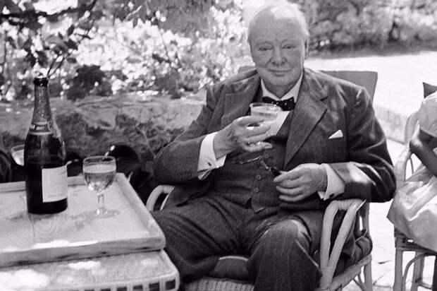 Каким был распорядок дня Черчилля, и при чем тутвиски?