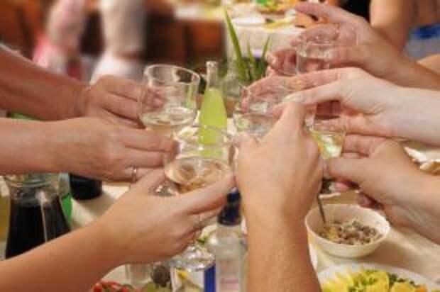 Какие алкогольные напитки меньше вызывают похмелье?