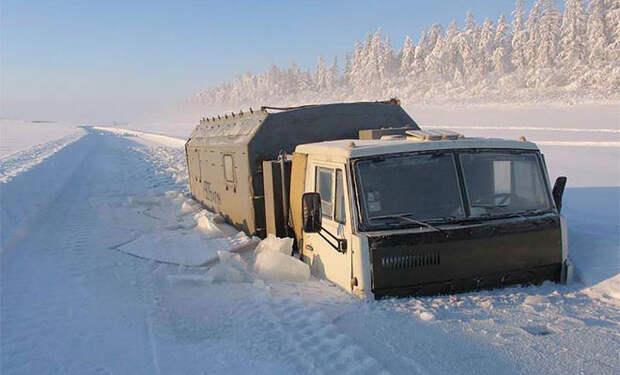 Работа дальнобойщиков за Полярным Кругом, где от холода зимой ломаются гвозди