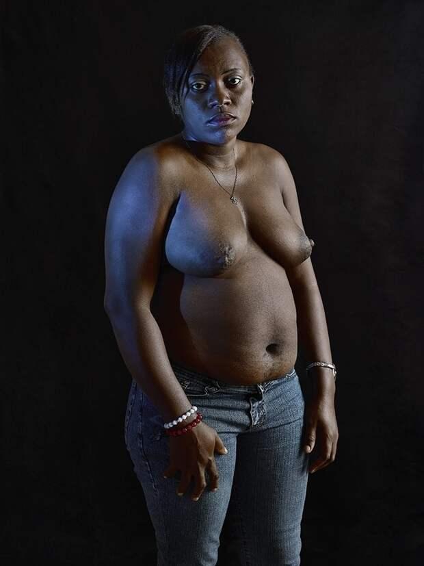 Шокирующая традиция Камеруна— утюжка груди
