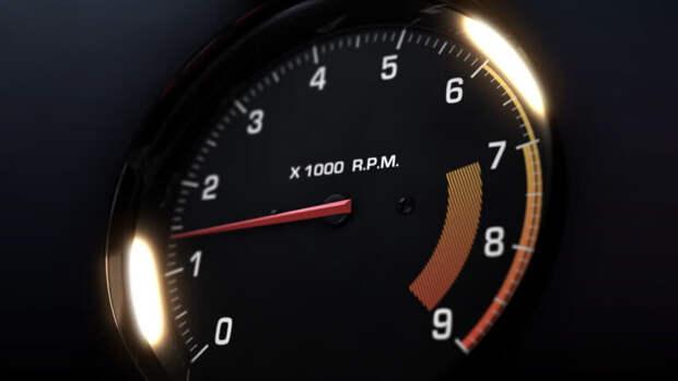 Езда на низких оборотах увеличивает нагрузку на двигатель и коробку передач и их износ