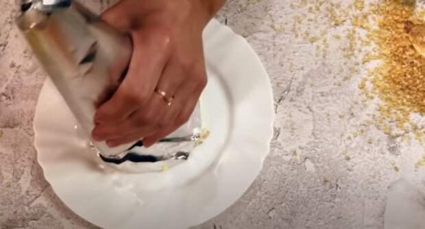 Праздничный салат новинка! Задабриваем бычка: салат «Золотой стог сена» на новогодний стол 2021