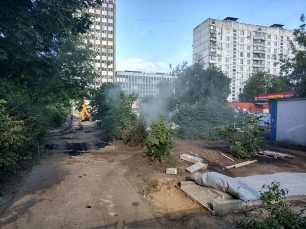 Фото дня: реконструкция сквера на Полковой