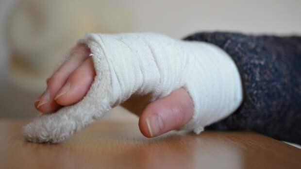 Жительница Мурманской области сломала руку во время пылких занятий любовью