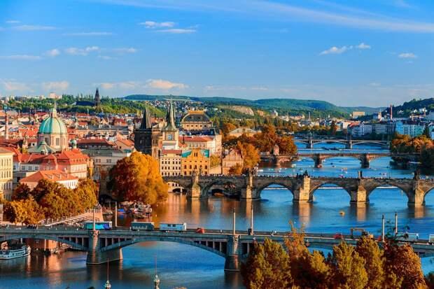 Власти Чехии закрыли границы страны из-за коронавируса