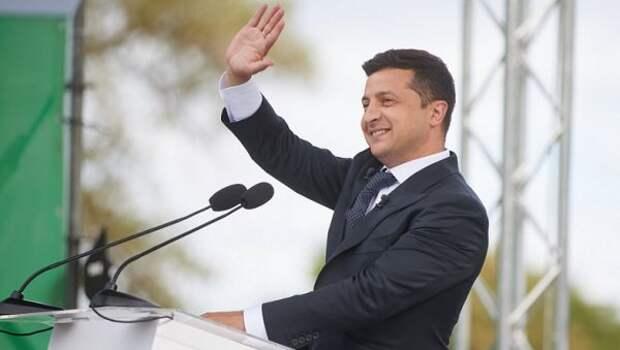 Зеленский теряет рейтинг, новсе еще лидирует навиртуальных выборах