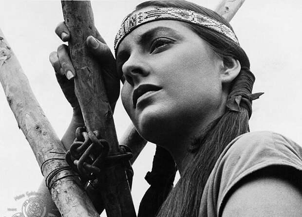 Соблазнительные американки сыгравшие индианок.