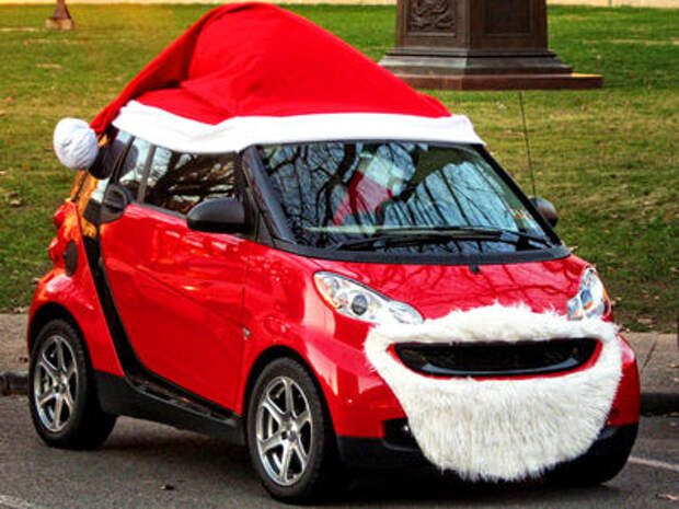 Самые безумные украшения для автомобилей на Новый год