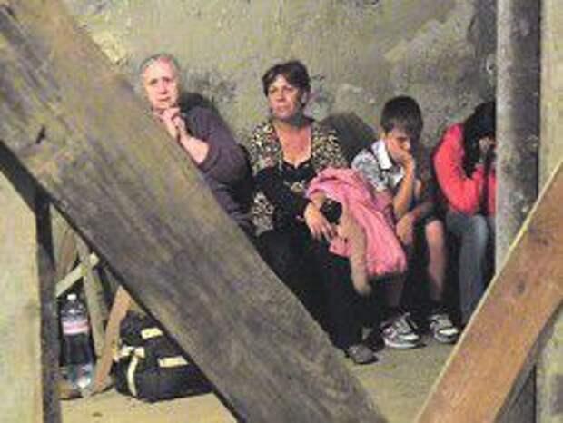 Новость на Newsland: Большинство россиян считают события на Украине гражданской войной