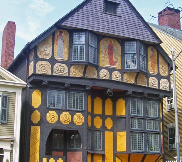 Флер-де-Лиз в Провиденсе. Фото: en.wikipedia.org.