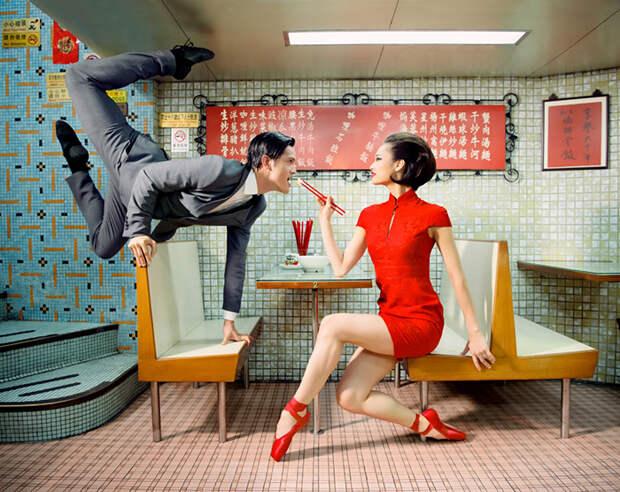 Рекламной кампанией занимается знаменитый американский фэшн-фотограф.