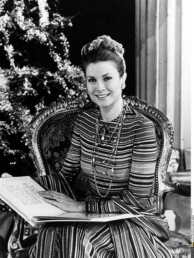 Грейс Келли празднует Рождество. фото