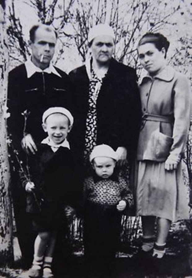 Виктор Сухоруков: Бедность и порок