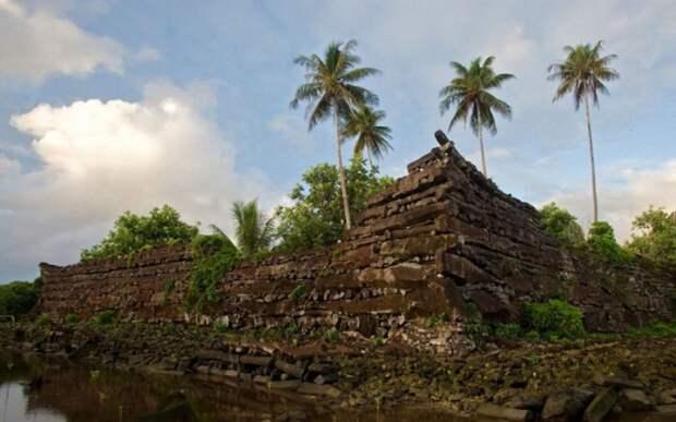 Руины Нан-Мадол, Микронезия. Фото: fishki.net.