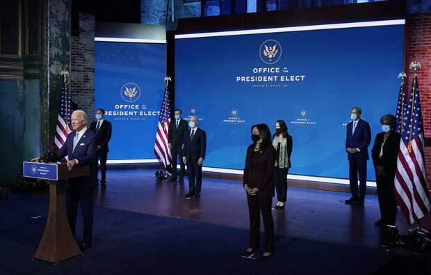 Медведев анонсирует продолжение новой «холодной войны» с США