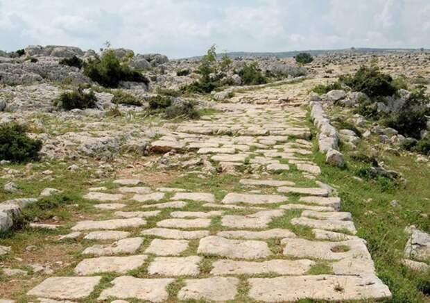 Участок Постумиевой дороги, построенной консулом Спуриусом Постуминусом в 148 году до н.э. clipartxtras.com - Все дороги ведут в Рим | Warspot.ru