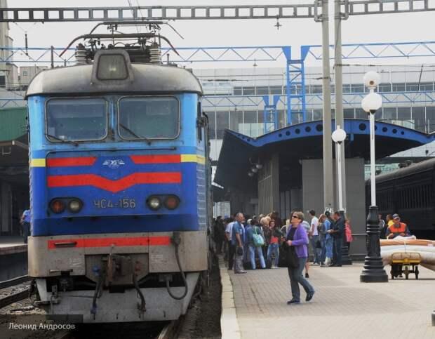 «Укрзализныця» разрушена полностью: 95% локомотивов не пригодны к работе