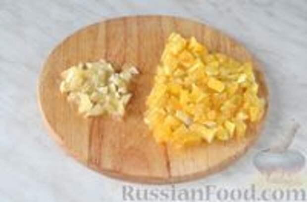 Фото приготовления рецепта: Цитрусовая окрошка на светлом пиве - шаг №5