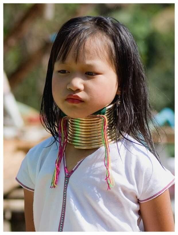 ДлинношЕЕЕ племя каренов