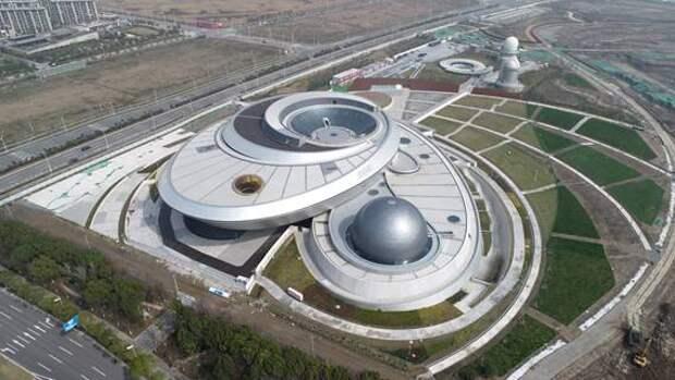 В Шанхае в тестовом режиме открылся крупнейший в мире планетарий