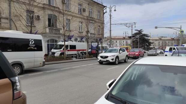 Офис одной из политических партий в Севастополе оцепили после сообщения о минировании