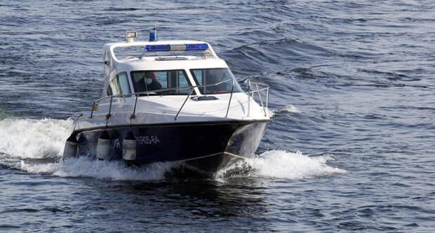 Полицейские в Красноярске начали патрулировать акваторию Енисея
