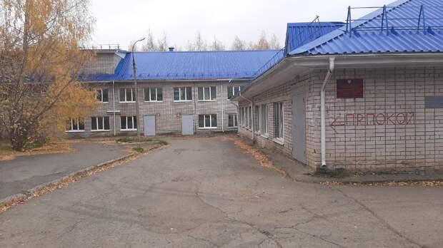 Министр здравоохранения Удмуртии Георгий Щербак проверил работу ковид-центра в ГКБ №6 Ижевска