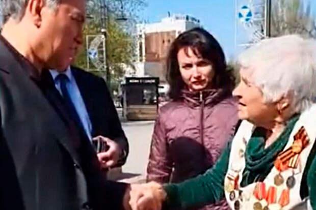 «От нас все зависит»: Володин пообщался с пенсионеркой в центре Саратова