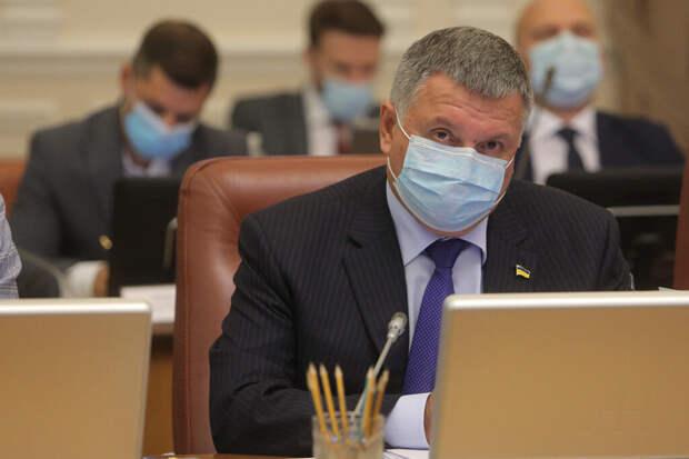 Украинские депутаты отправили в отставку министра МВД Авакова