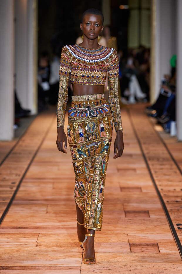 Новая коллекция Zuhair Murad как ода древнеегипетским царицам - фото 1
