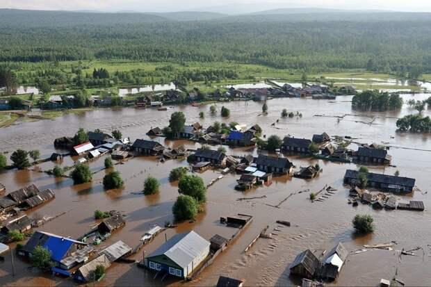 Пострадавшие от паводка жители Иркутской области начали получать выплаты
