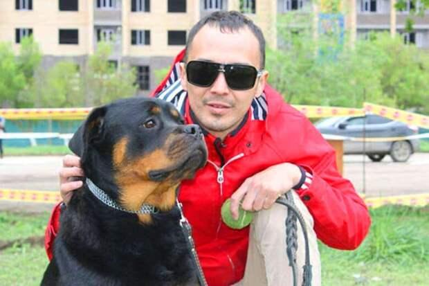 Собака ротвейлер показала хозяину свою преданность, когда тот этого не ожидал.