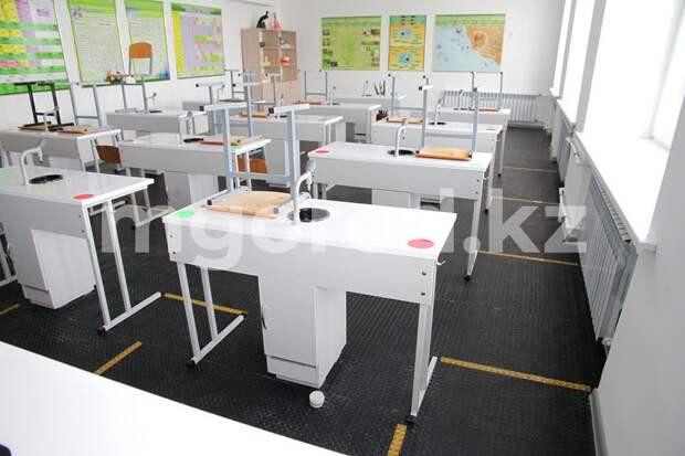 Учащиеся 46 классов были отправлены на карантин в ЗКО