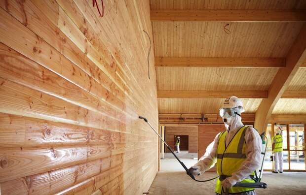 Как защитить деревянный дом от пожара и гниения