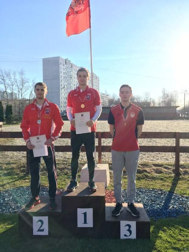На Первенстве Москвы по современному пятиборью спортсмены из Северного завоевали пять медалей из шести возможных