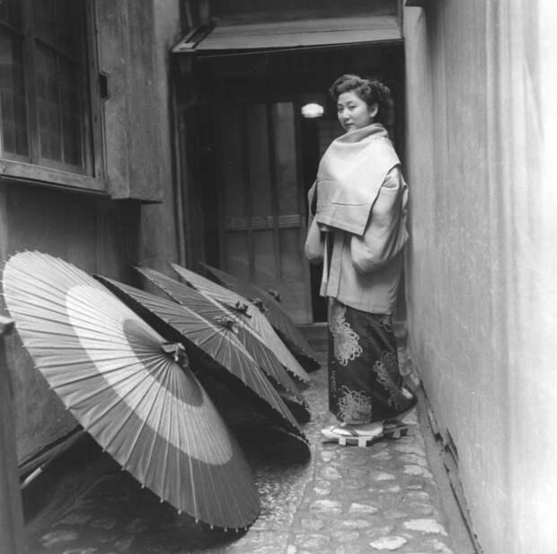 10 старинных фото гейш в реальной жизни