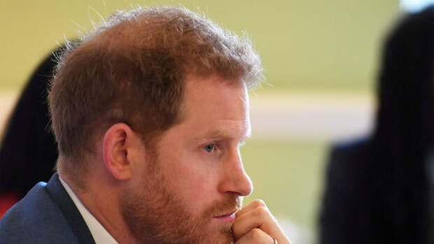 Принц Гарри выпустит часть мемуаров только после смерти Елизаветы II