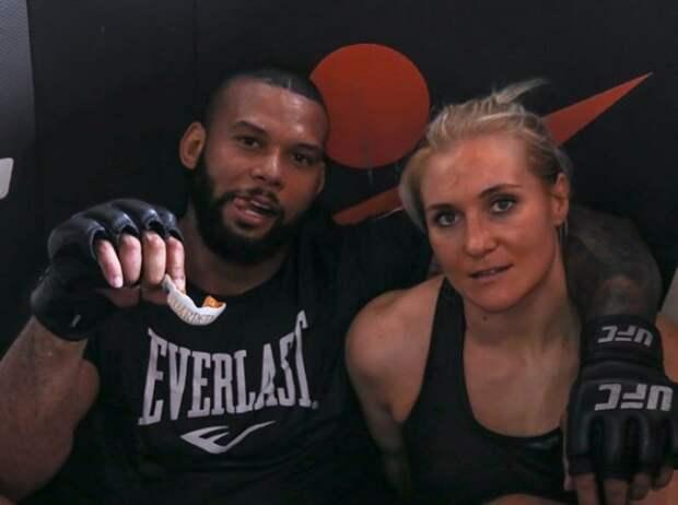 Россиянка из UFC Куницкая обручилась с бразильским бойцом MMA Сантосом