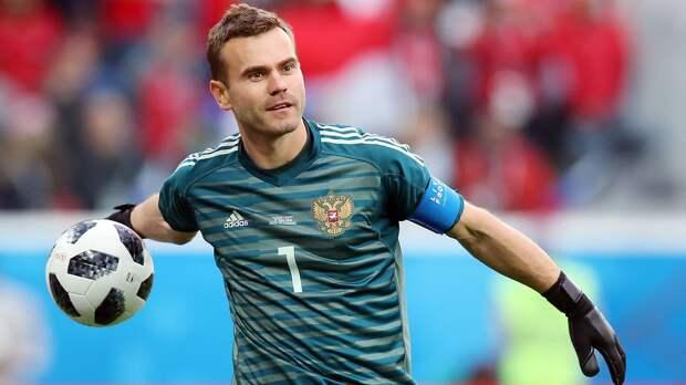 Акинфеев перевел 1 млн рублей экс-массажисту ЦСКА Насибову перед его последней операцией