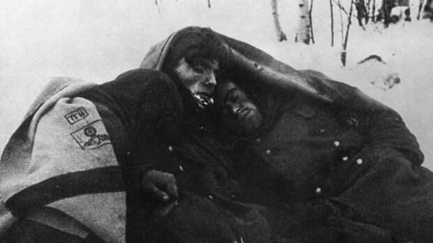 Замёрзшие заживо немцы. Фото: © Военный альбом
