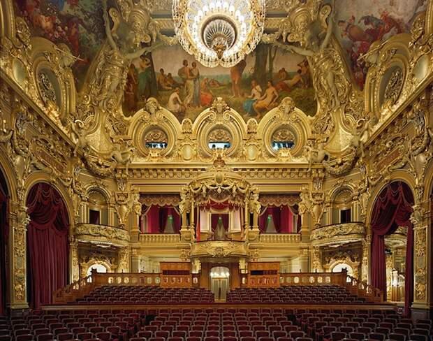opera_theatre09.jpg