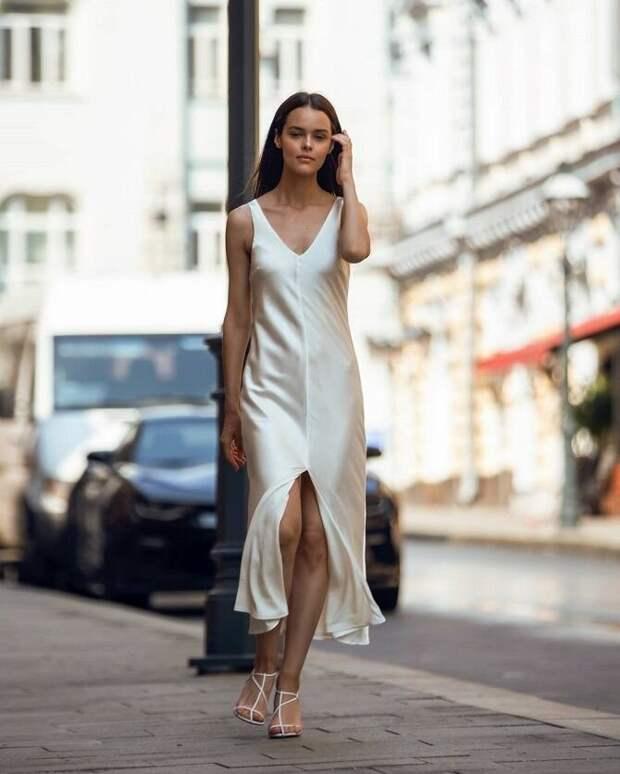 Шелковое платье – как носить самый модный тренд будущего сезона?