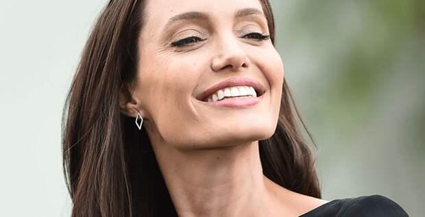 Анджелина Джоли потеряла титул обладательницы самых сексуальных губ